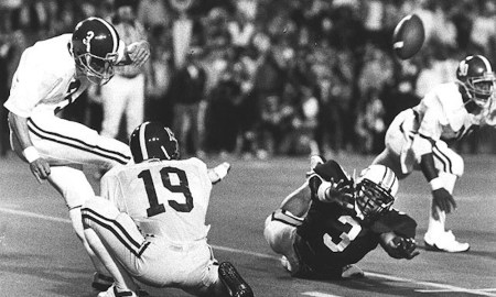Van Tiffin makes a game-winning 52-yard FG for Alabama in 1985 Iron Bowl