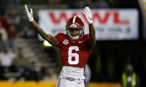DeVonta Smith celebrates TD catch versus LSU