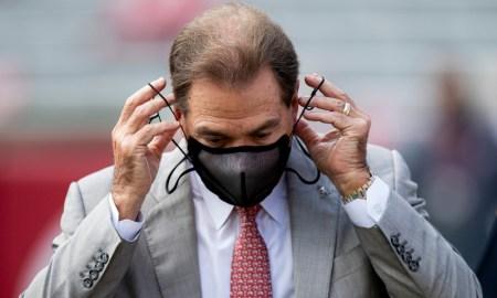 Nick Saban puts his mask on before Kentucky game