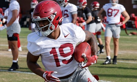 Jahleel Billingsley with a catch for Alabama in spring practice
