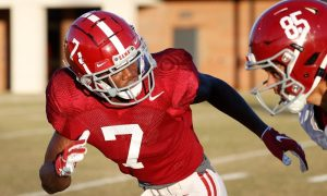 Brandon Turnage drops into coverage during practice