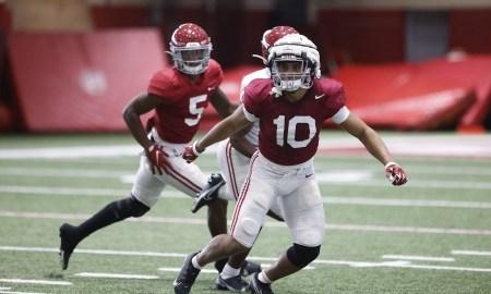 Henry To'oto'o moving through linebacker drills at Alabama practice