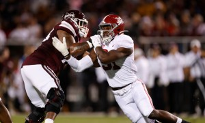 Will Anderson (#31) rushing the QB for Alabama versus Mississippi State