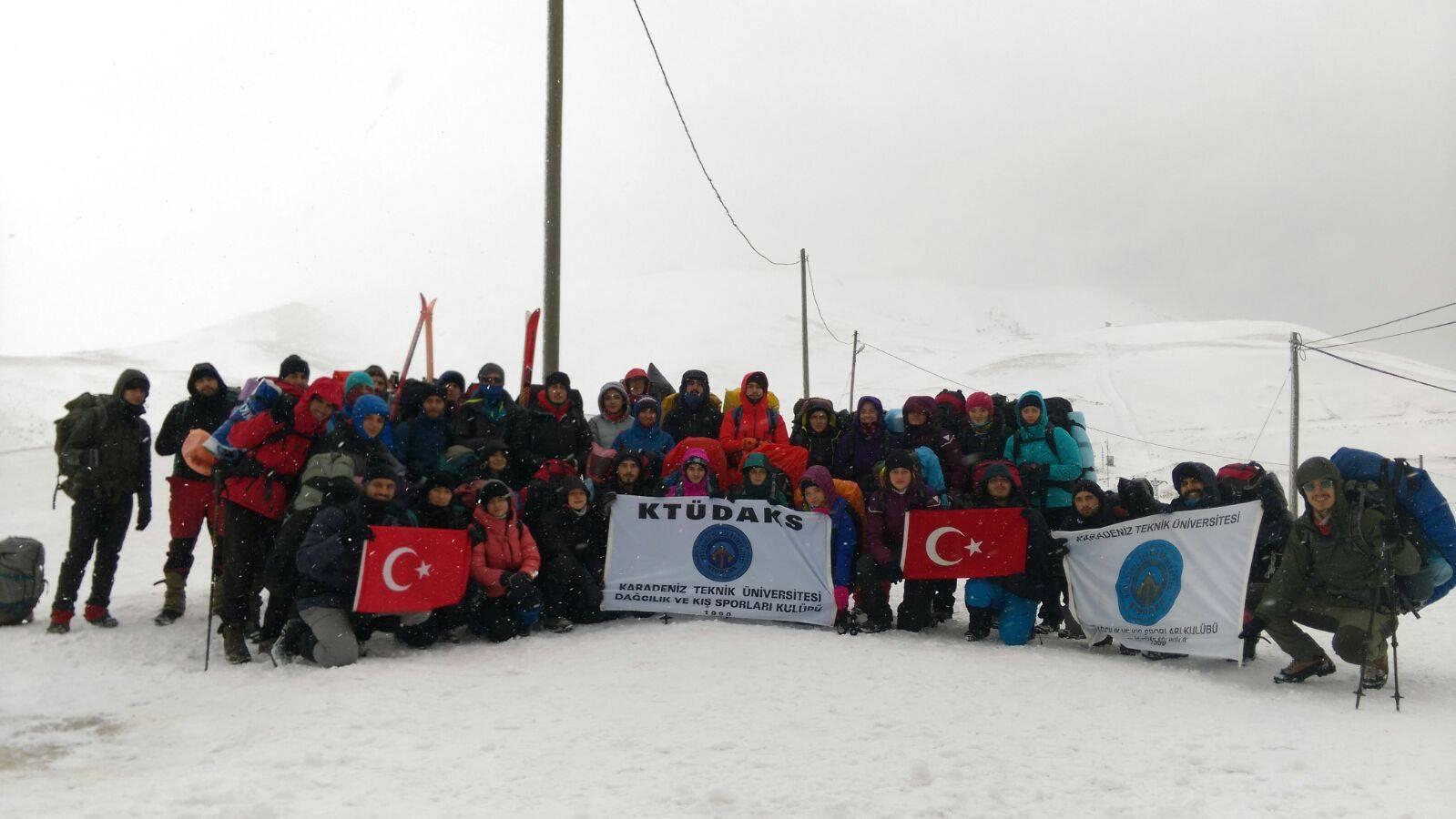 KTÜDAKS Temel-Gelişim-İleri Kış Eğitimleri'ni Zigana Dağı'nda gerçekleştirdi.