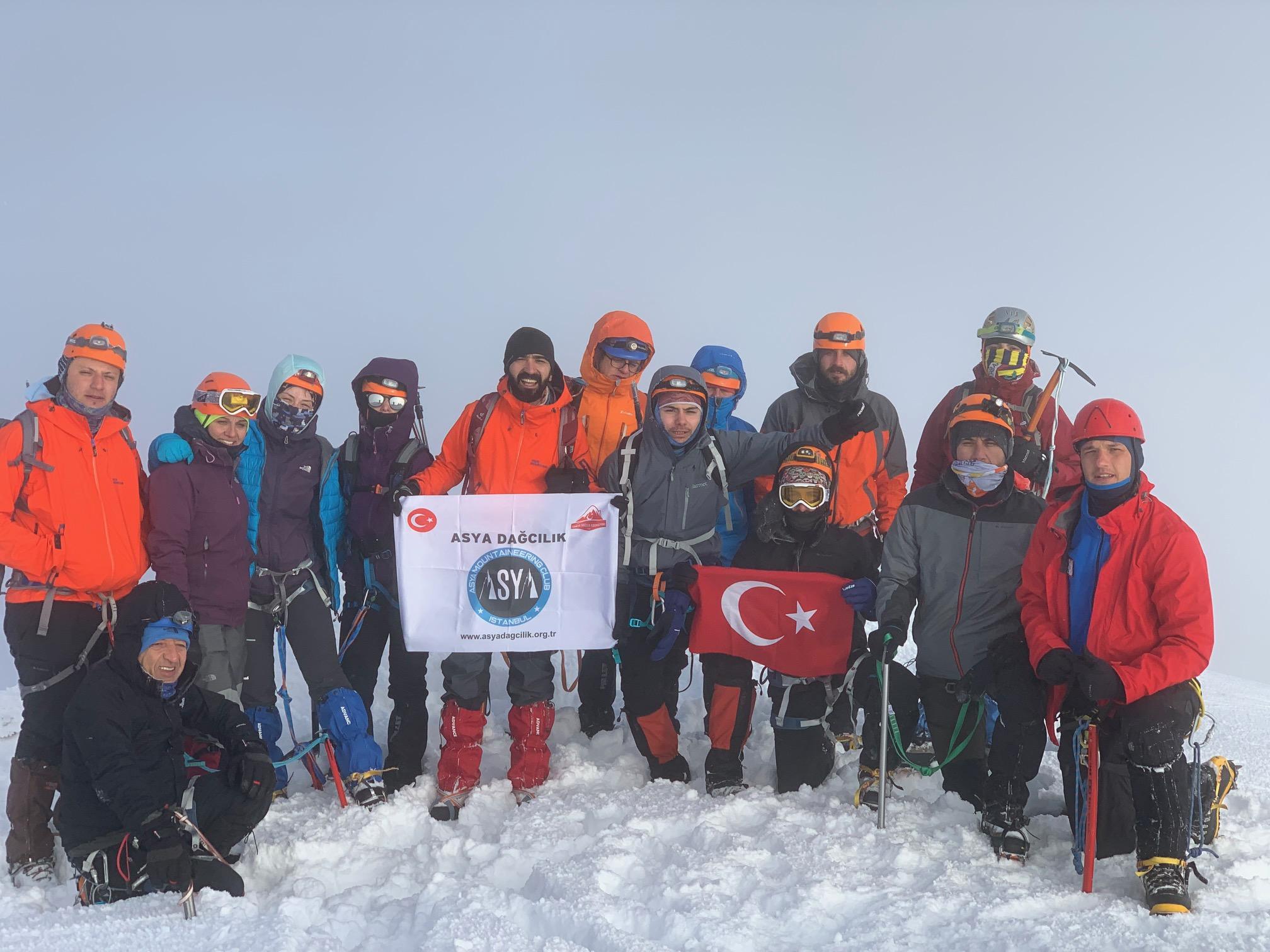 Asya Dağcılık ve Doğa Sporları Kulübü Hasan Dağı Tırmanışı