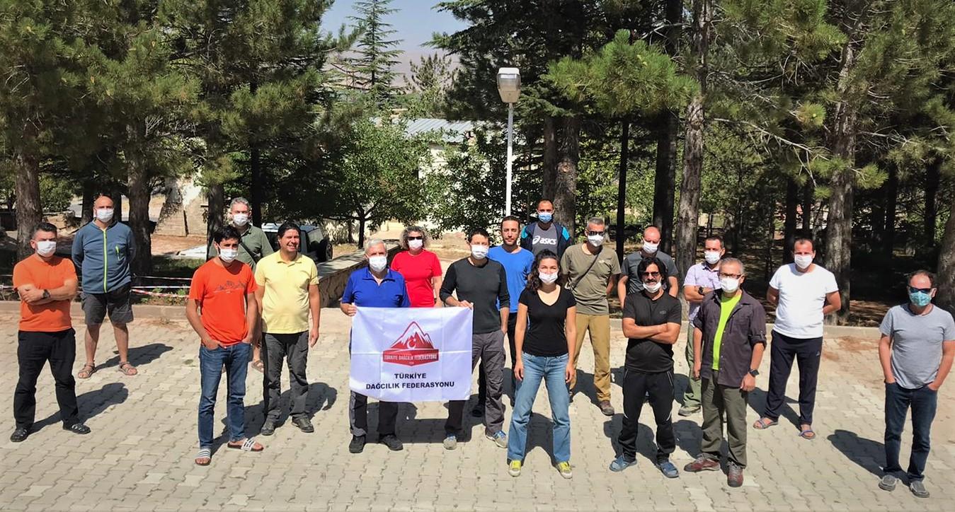 Dağ Mihmandarlığı Eğitimi Niğde'de Tamamlandı