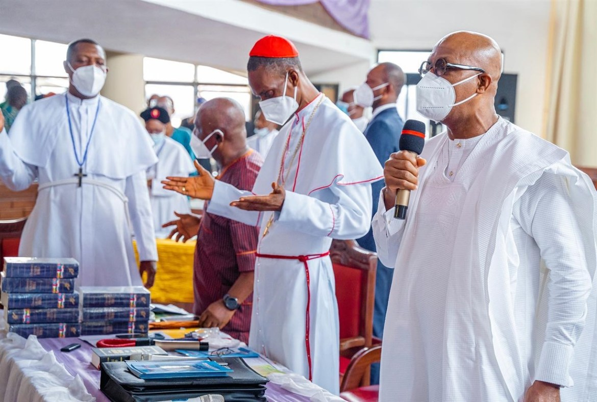 Security, Economic Challenges: Don't Be Discouraged, Be Steadfast In Prayers, Abiodun Urges Nigerians