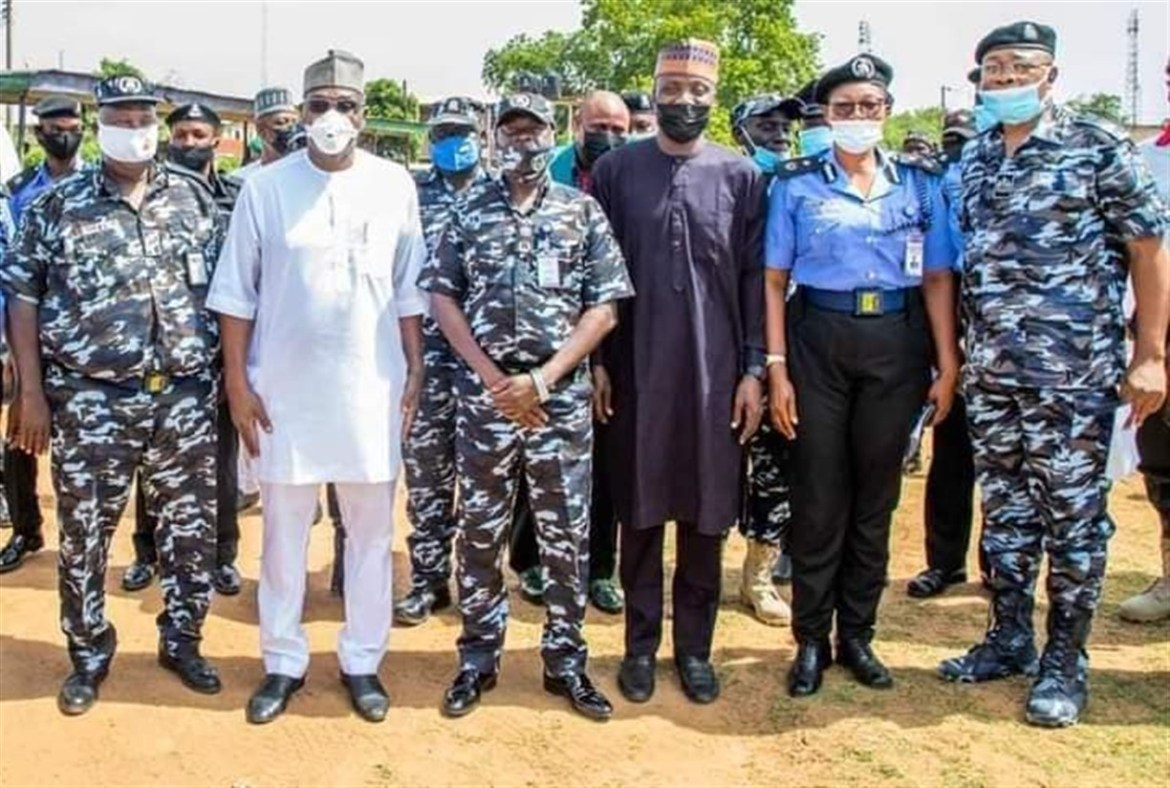 Abdulrazaq Flags Off Training For Kwara's 1,056 Community Police Constables