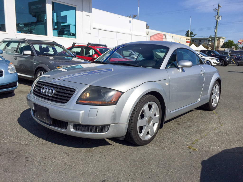 hight resolution of 2001 audi tt 2dr cpe quattro 5 spd w esp no accidents