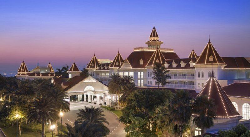 香港ディズニーランドホテル Hong Kong Disneyland Hotel | TDR World