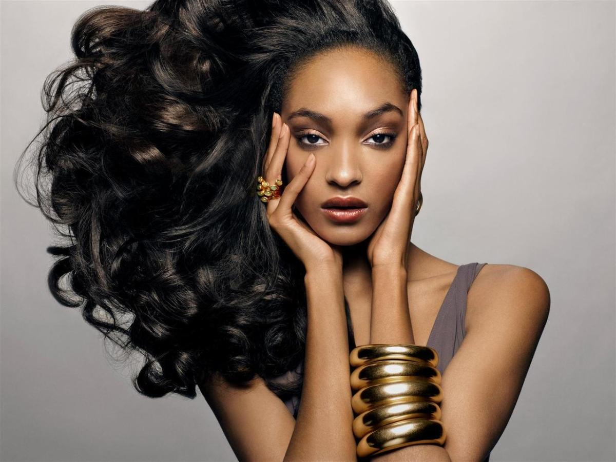 The Designers Studio November Make-Up Artist Series #MakeUpArtist #TDSvoices