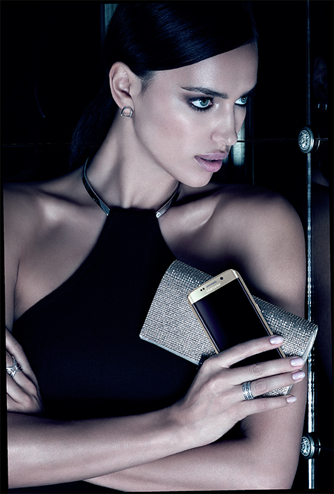 samsung-partners-with-vogue-to-create-global-fashion-native-campaign-featuring-samsung-galaxy-s6-and-s6-edge