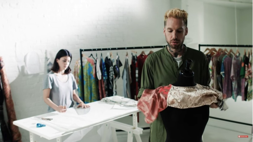 Screenshot from the Siemens Fashion Series