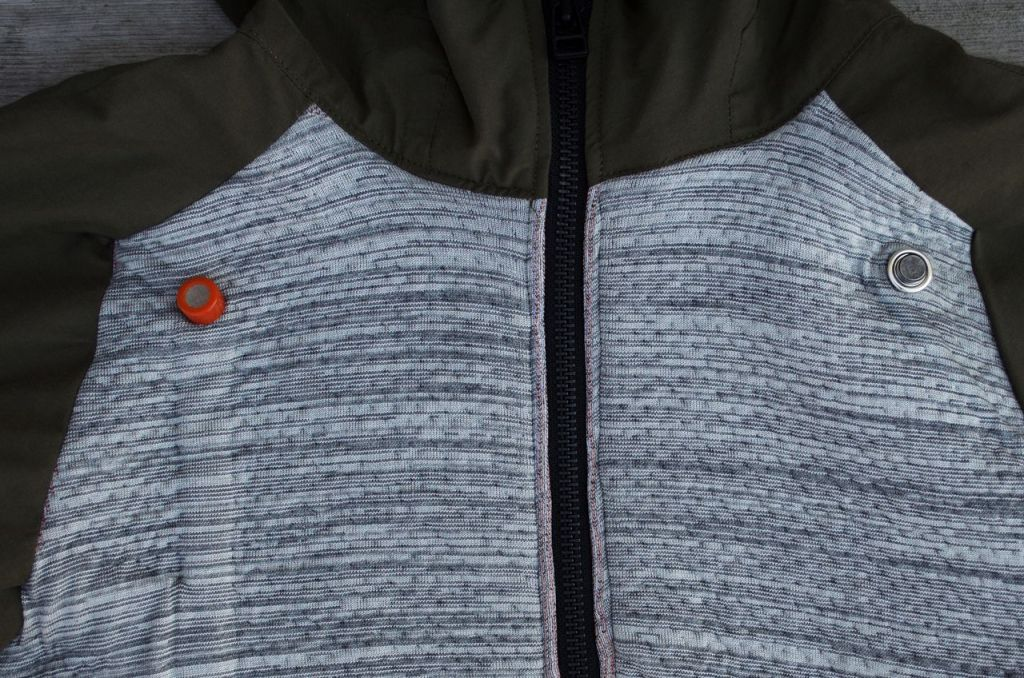 he sensors and purification device were integrated in the garment, the spacing in the thick fabric allowed the technology to be integrated. [Image: courtesy of Square BB Suit 0.2]