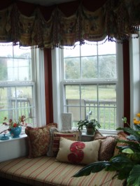 Bay window valance, cushion, pillows | Terry's Designing ...