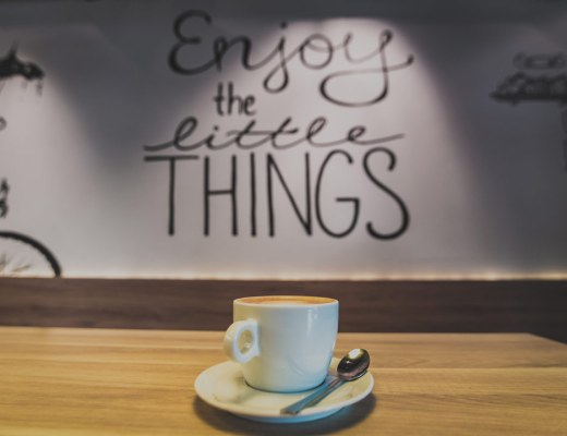 enjoy, little things, things, moments, Sara, latte, coffee,