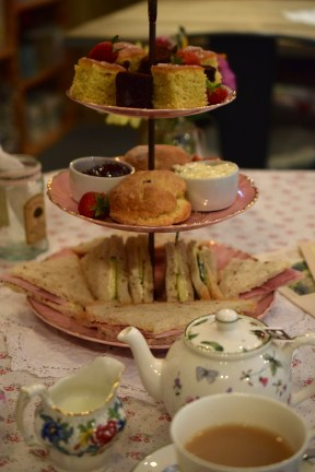 Afternoon tea with Amanda