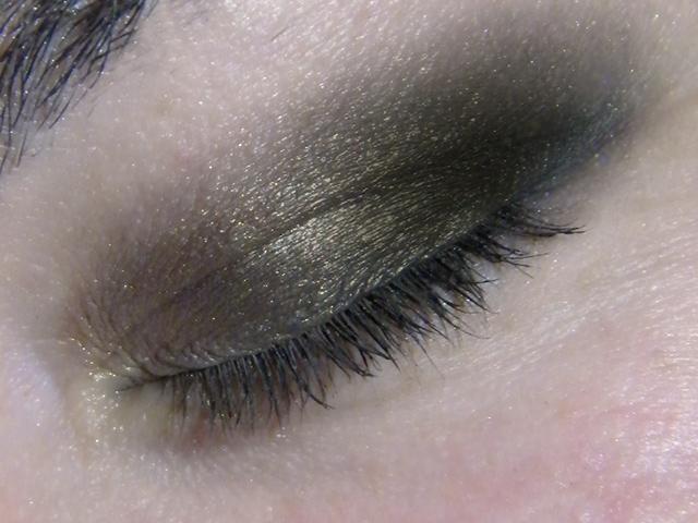 Annabelle Smokey Nudes Eyeshadow Palette Swatches