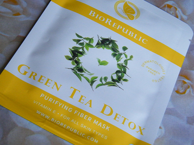 BioRepublic Green Tea Detox Mask Birchbox Sept 2015