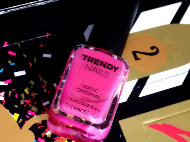 TheFaceShop Advent Day 2 - THEFACESHOP Trendy Nails PK03 Hot Pink Nail Polish