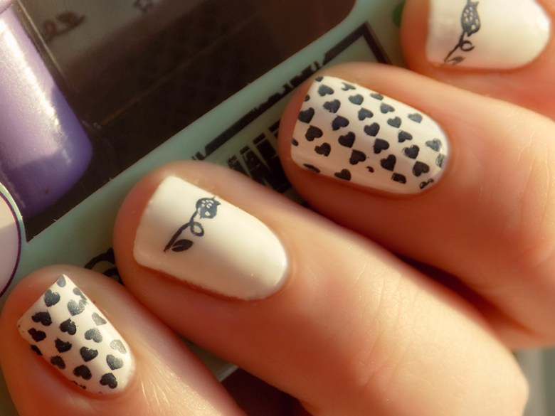 Essence nail art stampy set tea nail polish essence stampy nail art set mani prinsesfo Images