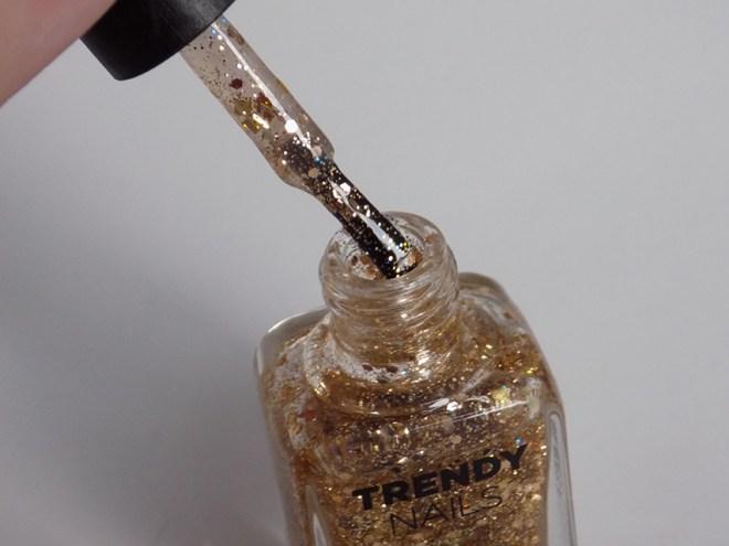 thefaceshop the face shop Trendy Nails Glitter GLI016 bottle pic brush