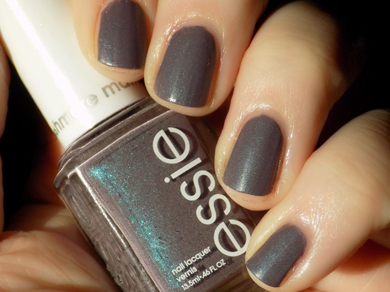 Essie Coat Couture Nail Art - Swatch