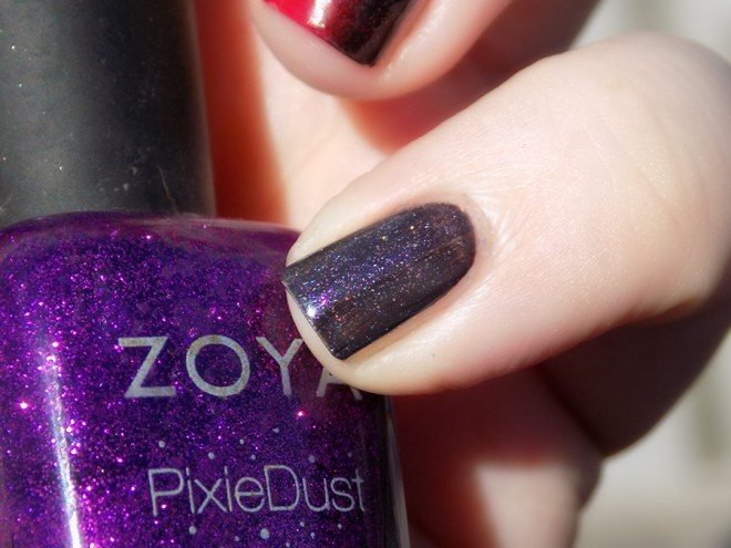 When Colours Collide Red Purple Black No Stamping - Baby Finger