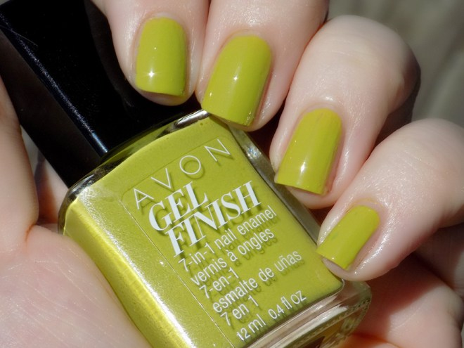 Avon Fall Trends - Gel Finish Citronized Nail Polish - Swatch Sunlight