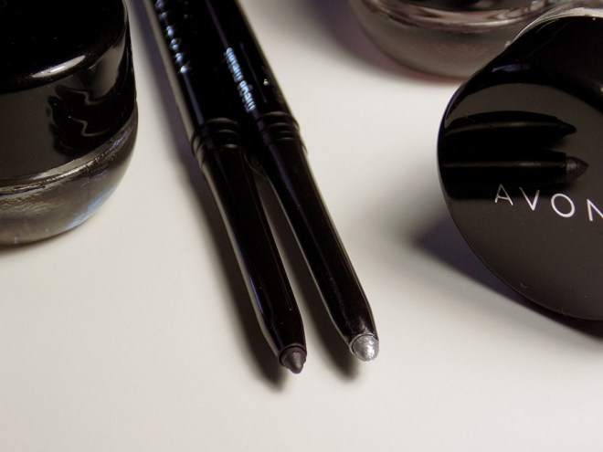 Avon Mega Metals - Metal Mania Eyeliners True Color Smoky Grey and Chrome Metallic