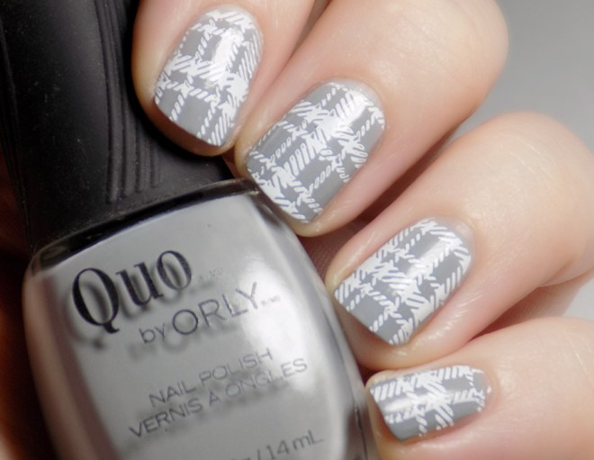CBBNov Plaid Nails - Quo Runway Ready - Pueen Geo Lover 02 - White Stamping - 2