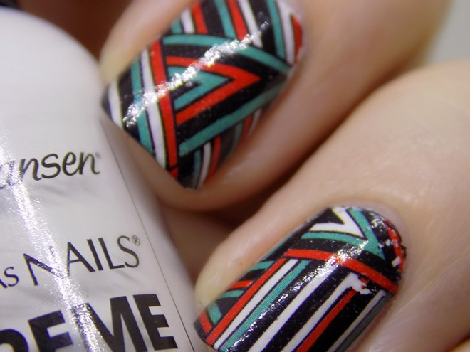 BPY03 Decals - Turquoise Green - Red - Black Geometric Water Decals Swatch Closeup