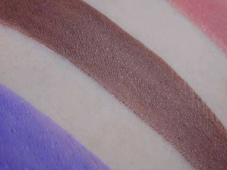 Holly Berry Body Miranda Mineral Eyeshadow Swatch