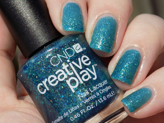 CND Creative Play Express Ur Em-oceans from Sunset Bash Collection - Swatch Sunlight