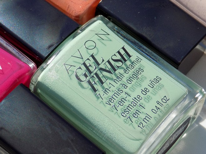 Avon Gel Finish Clover Nail Polish Review