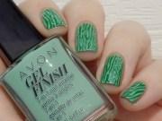 avon gel finish clover nail polish
