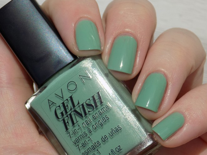Avon Gel Finish Clover Nail Polish Swatch and Review