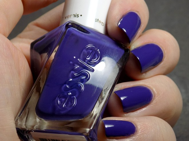 Essie Gel Couture Find Me A Man-Nequin Swatch and Review