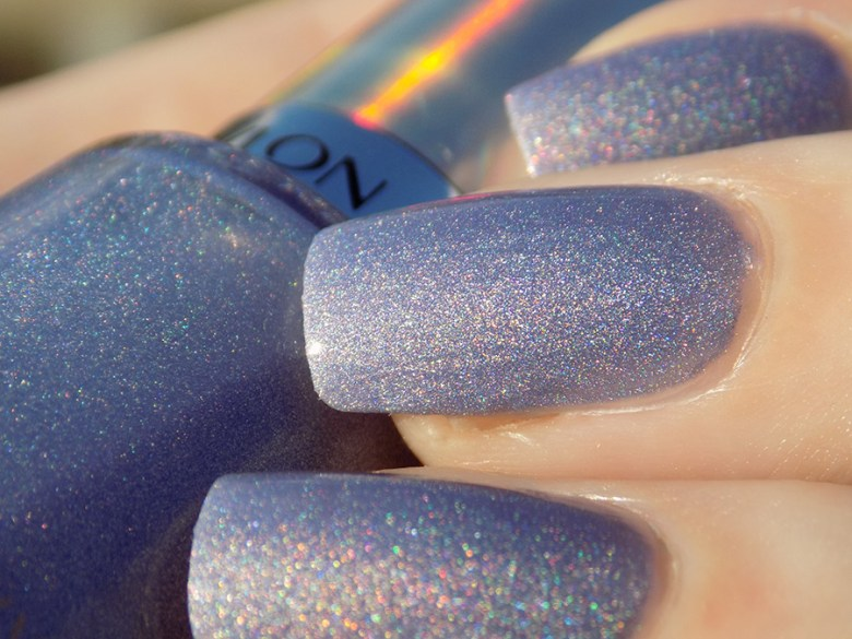 Revlon Unicornicopia HoloChrome Polishes Swatch - Macro in Sunlight