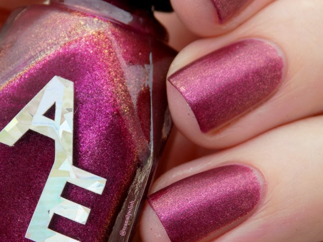Alter Ego Fan Faves - Shes A Brick House - Matte Closeup Swatch