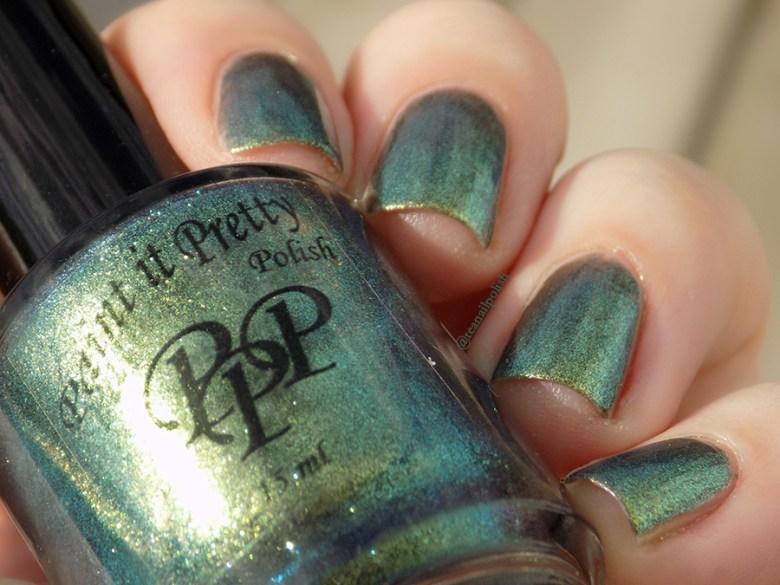 Paint It Pretty Polish It Ain't Over Till It's Clover Swatches - Duochrome Closeup