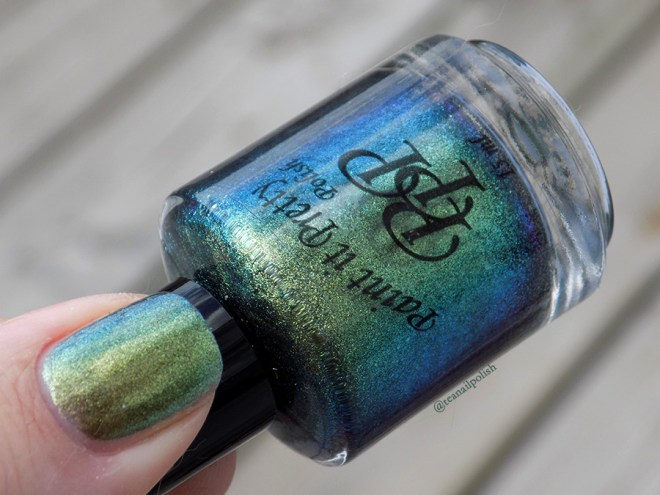 Paint It Pretty Polish It Ain't Over Till It's Clover Swatches - Duochrome - Thumb Bottle
