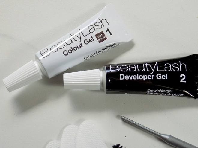 BeautyLash Sensitive Lash and Brow Tinting Kit Review - Tint and Developer