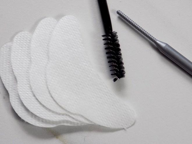 BeautyLash Sensitive Lash and Brow Tinting Kit Review - Tools