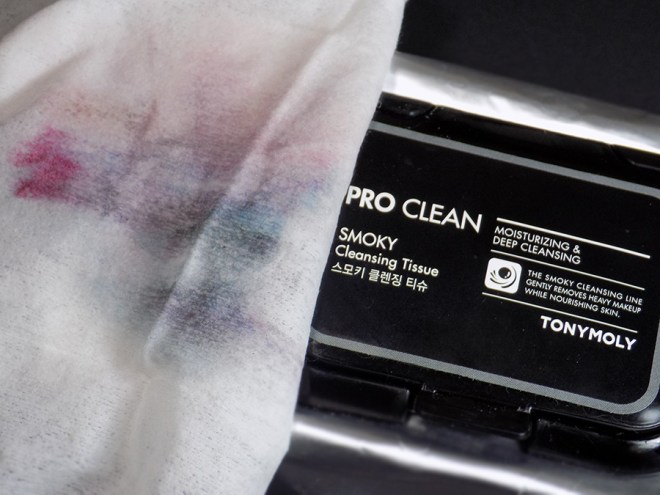 Testing TONYMOLY Pro Clean Smoky Cleansing Tissue Makeup Remover Wipes Reviews