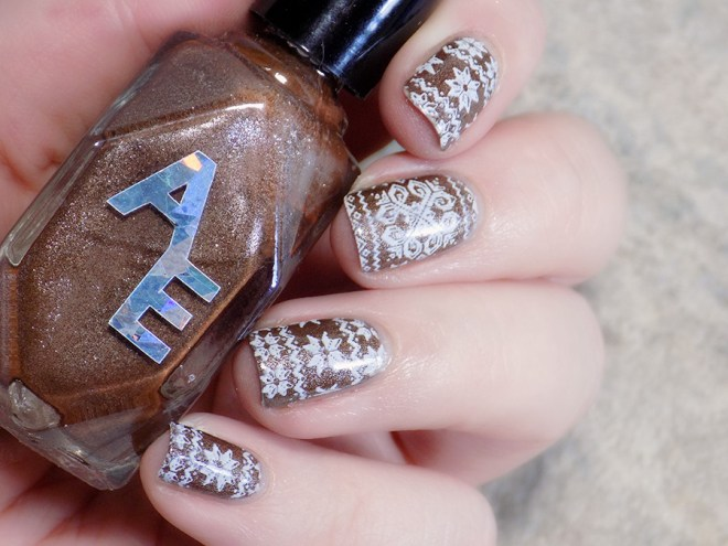 Sweater Nails with Alter Ego Clever Girl - stamped brown sweater nails