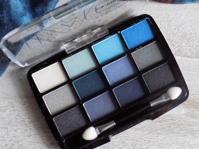 LA Colours Supernatural 12 Shadow Palette Reviews