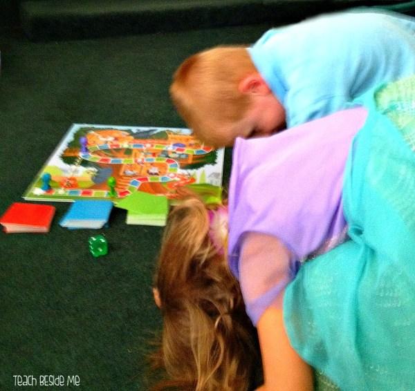 ' Race Top Board Game - Teach