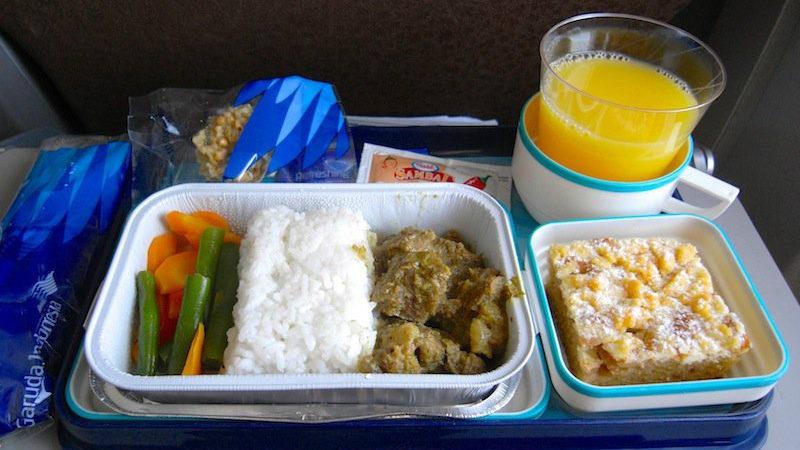 【ガルーダ・インドネシア航空機内食】GA438/DPS-KOE/バリ島(デンパサール)-クパン