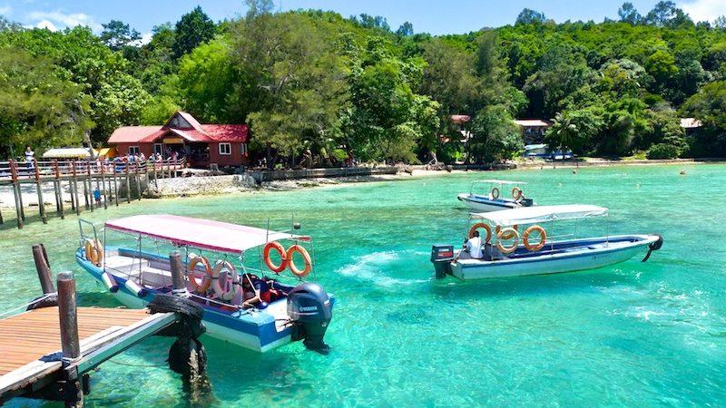 【マレーシア】コタキナバルからスノーケリングツアーでサピ島へ